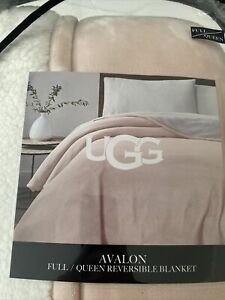 UGG Avalon Full/Queen Reversible Blush Sunset pink Sherpa Blanket