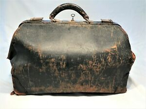 Antique Physician's Doctor's Bag Leather with unusual grain w/ Lock and Key
