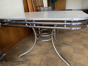 Vintage Retro 1950's Formica & Chrome Kitchen Table With 4 Chairs