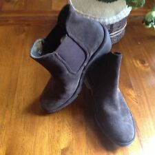 FLY LONDON PHIL WOMENS CASUAL ANKLE BOOTS. Size 37 (4) Brown.