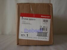 1 PC New  Honeywell Motor M7284A1004 M7284A 1004 In Box