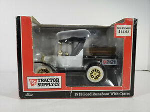 GEARBOX TOYS 1918 FORD RUNABOUT TRACTOR SUPPLY CO. COLLECTABLE TRUCK #76757