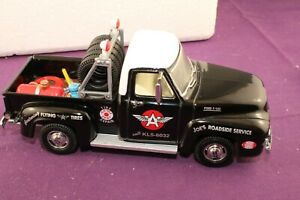 Matchbox Collectibles YRS02-M 1953 Ford F-100 Flying 'A' Tire Service