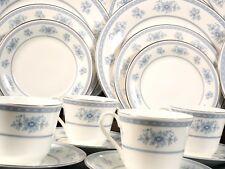 VINTAGE Royal Doulton Laureate FULL SET for 8 Dinner cups Plates 5060