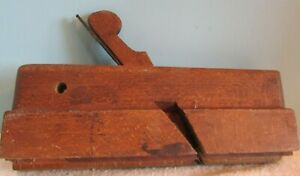 VINTAGE GROVE CUTTER MOULDING WOOD PLANE WOODWORKING TOOL R. A. PARRISH
