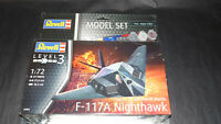 Maquette 12 - Revell F-117 A Nighthawk - Model set 1/72