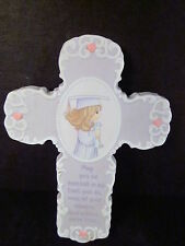Precious Moments THE LORD IS THE HOPE OF THE FUTURE Girl Graduate Wall Cross