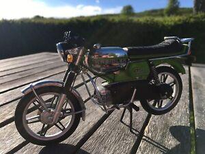 Schuco Kreidler Florett RS 1:10