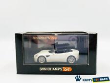 1/64 MINICHAMPS Alfa Romeo 8C Spider White metallic