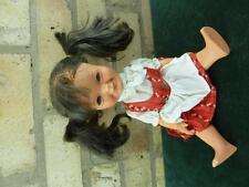 """Vintage Goebel W Germany 14 """"muñeca lleva un vestido rojo necesita un TLC"""