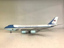 VC-25A US Air Force One 92-9000 (polished, with stand) die-cast model in 1/200