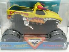 El Toro Loco (2020) Spin Master Monster Jam 1:24 Scale Yellow with Flames Truck