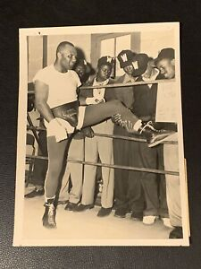 Stunningly Clean Original 1953 Jersey Joe Walcott Type 1 Boxing Photo PSA Ready