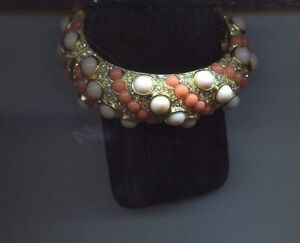 KENNETH LANE PINK CORAL CLEAR CABOCHON bracelet 400.00