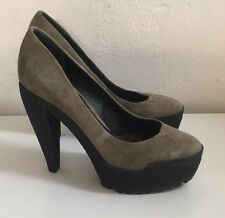 WALK TALL Burberry Prorsum Taupe Suede Rubber Sole Platforms Heels New IT39/UK6