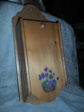 Vntg LG.H-Crafted Wood Painted Violets Wall Mount Kitchen Recipe Card Box Holder