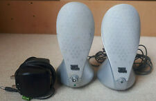 GREAT PAIR OF SILVER JBL HARMAN MULTIMEDIA COMPUTER SPEAKERS WITH CHARGER