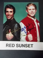 HENRY WINKLER AND RON HOWARD SIGNED 8 x !0 PICTURE IN  COLOR WITH COA