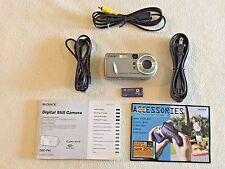 Sony Cyber-shot DSC-P92 5.0 MP Digital Camera  +Accessories Silver TESTED Works