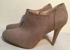 Size AU 9 Women's Fine Latte Color Suede Stiletto Boots With An Inside Zip