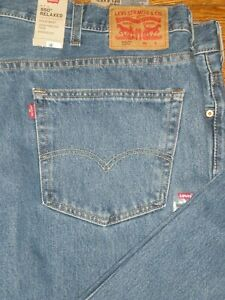 NWT LEVI'S 550 RELAXED FIT TAPERED LEG JEANS SZ: 48 X 34