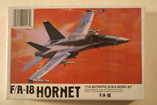 USA McDonnell F/A-18 Hornet, 1/144 LEE kit 02207, Airplane Model Kit
