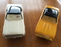 Lot Of Two Postwar Cars Usable With Lionel Car #6414 cars for Auto Loader