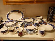 Gibson Everyday Stoneware Christmas Santa Western Rustic Dish Set 45 Pieces RARE