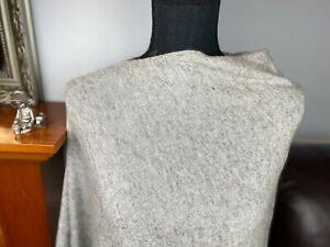 Pure Cashmere Poncho, Wrap Sweater/cardigans, soft round/V-neck in light grey