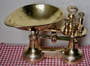 RARE VINTAGE ENGLISH SOLID BRASS ORNATE KITCHEN SCALES & 7 BRASS BELL WEIGHTS