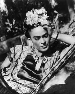 Frida Kahlo Vogue Model Selfie Queen Mexico Print Poster Wall Art Picture A4 +