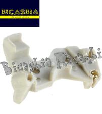 3086 - PIASTRINA STAFFA MANUBRIO PER SUPPORTO GUAINA FISSA CAVI VESPA 125 ET3