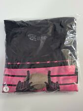 MEZCO One:12 Collective Pink Skulls swag LARGE SHIRT ONLY