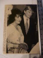Vintage Press Wire Photo Elizabeth Taylor & Husband Sen John Warner 6/29/1981
