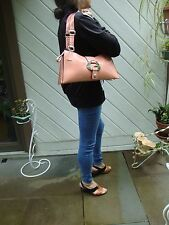 Gorgeous Coral GUESS Tri-Fold Shoulder Bag in Excellent Condition!
