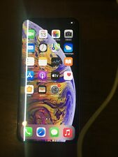 iPhone XS Max OEM OLED Screen with Green Line Fault on border and slight crack