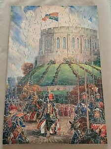 VINTAGE CHAD VALLEY WOODEN JIGSAW G.W.R. SERIES 'WINSOR CASTLE' KNIGHTS COMPLETE