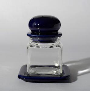 Vorratsgefäß aus Glas mit Keramik Deckel und Tablet blau 70er Jahre quadratisch