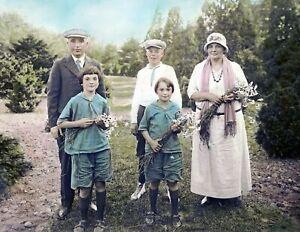 "1924 Abdalian Family at the Arnold Arboretum Old Photo 8.5"" x 11"" Reprint"