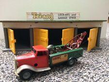 Triang Minic Lock-up (Garage) & Breakdown Lorry (Tow Truck) Post War