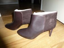 Ladies Size 8M Leather and Suede Ankle Bootie - New