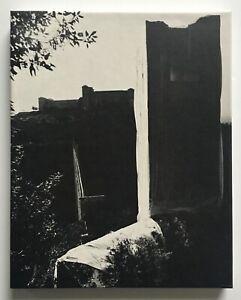 CHRISTO - PACKED TOWER - 1970 Artists & Photographs nauman warhol ruscha Hewitt