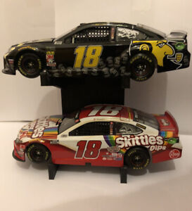 1:24 Double Diecast Stand