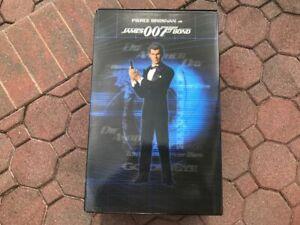 Sideshow Pierce Brosnan James Bond 007 Premium Figure 1:4 Scale 4/1250 Damaged