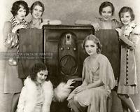 VINTAGE 1930s PHOTO - Group of HOLLYWOOD HOPEFULS Actresses STARLETS 30s Fashion