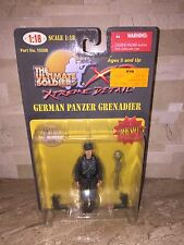 THE ULTIMATE SOLDIER GERMAN PANZER GRENADIER 1:18 SCALE FIGURE WW2