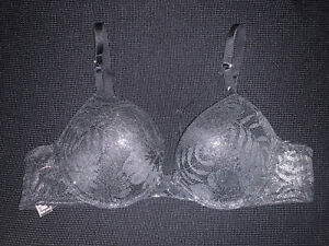VICTORIA  SECRET 36AA BOMBSHELL PLUNGE ADD 2 CUP SIZES BLACK NWOT