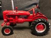 Case Farmall A Tractor IH McCormick-Deering 1:16 Scale Ertl Britains Die Cast