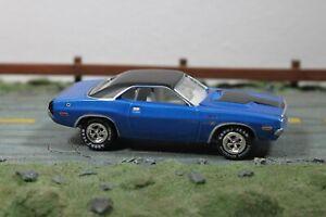 Johnny Lightning 1970 Dodge Challenger R/T
