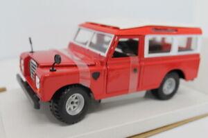 Land Rover 110 1983 Red 1:24 Burago Bu22063R Modellino Diecast